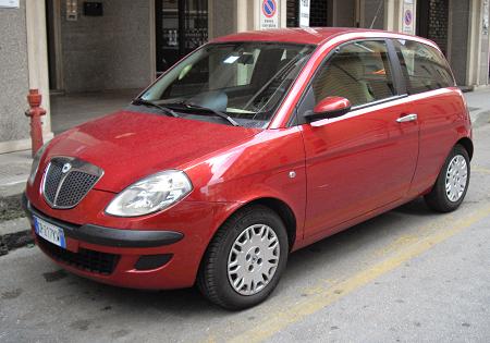 https://imap24.pl/aukcja_ebay3/Lancia_Ypsilon_2003-2010_RSF/grafika/1.png